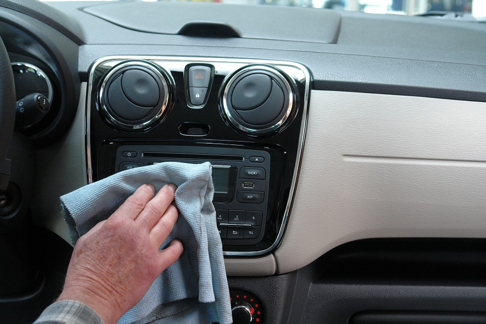 Make Your Car Interior Clean and Smell Fresh