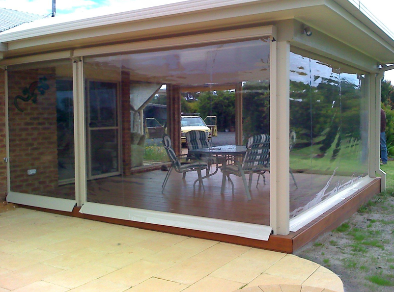 Retractable Cafe Blinds